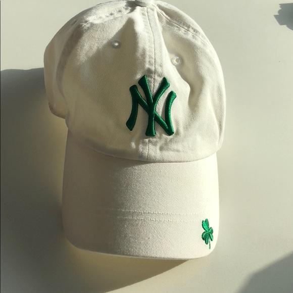 Yankees White and Green Shamrock Cap. M 5b23b04be944ba3484431012 8bbf7c64abb